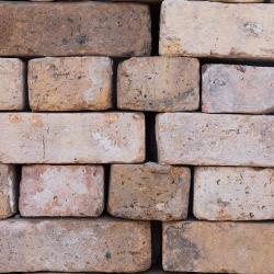 Buff - Chicago common brick